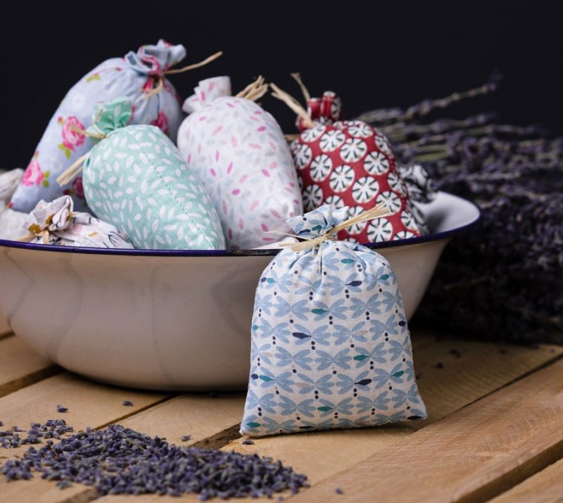 Small Bag with Dry Lavender Flower